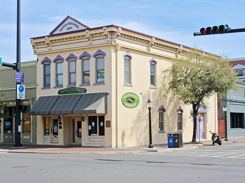 architecture downtown cityscape florida gainesville historical businessdistrict commercialbuilding commercialblock