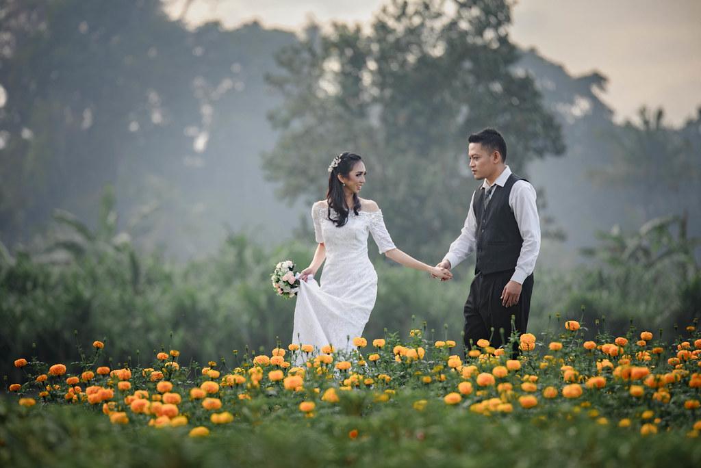 Paket jasa foto dan makeup prewedding dengan rias bali gaun bridal murah jakarta surabaya