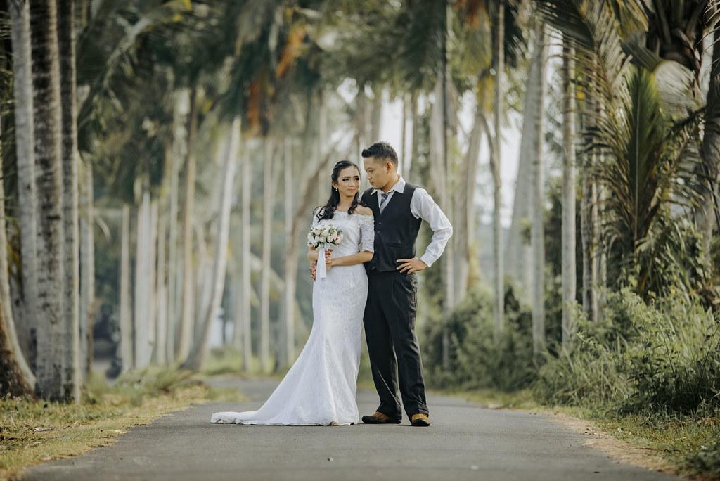 Paket jasa foto dan makeup prewedding dengan rias bali gaun bridal murah jakarta bandung medan