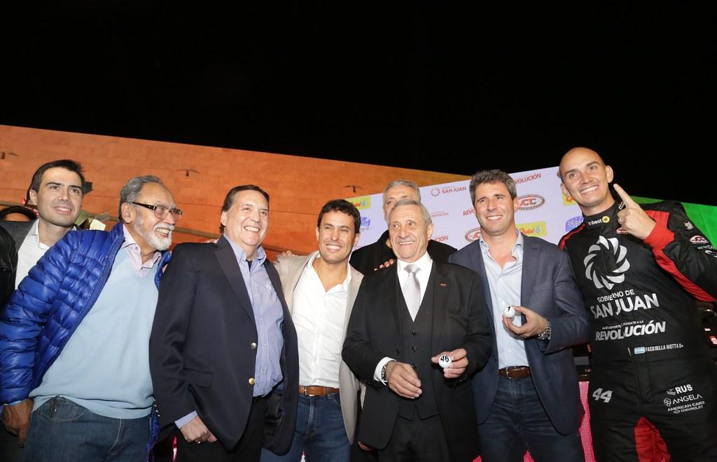 2019-08-23 PRENSA: Uñac, asistió a la gran fiesta del TC, con el sorteo en el Teatro del Bicentenario.