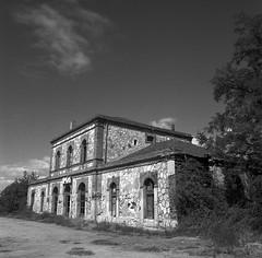 Estación abandonada de Ortigosa de Pestaño, Segovia.