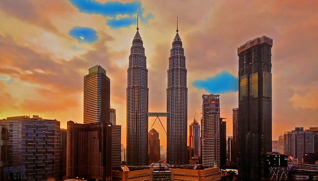 MALAYSIA - Kuala Lumpur - Petronas Towers at sunset