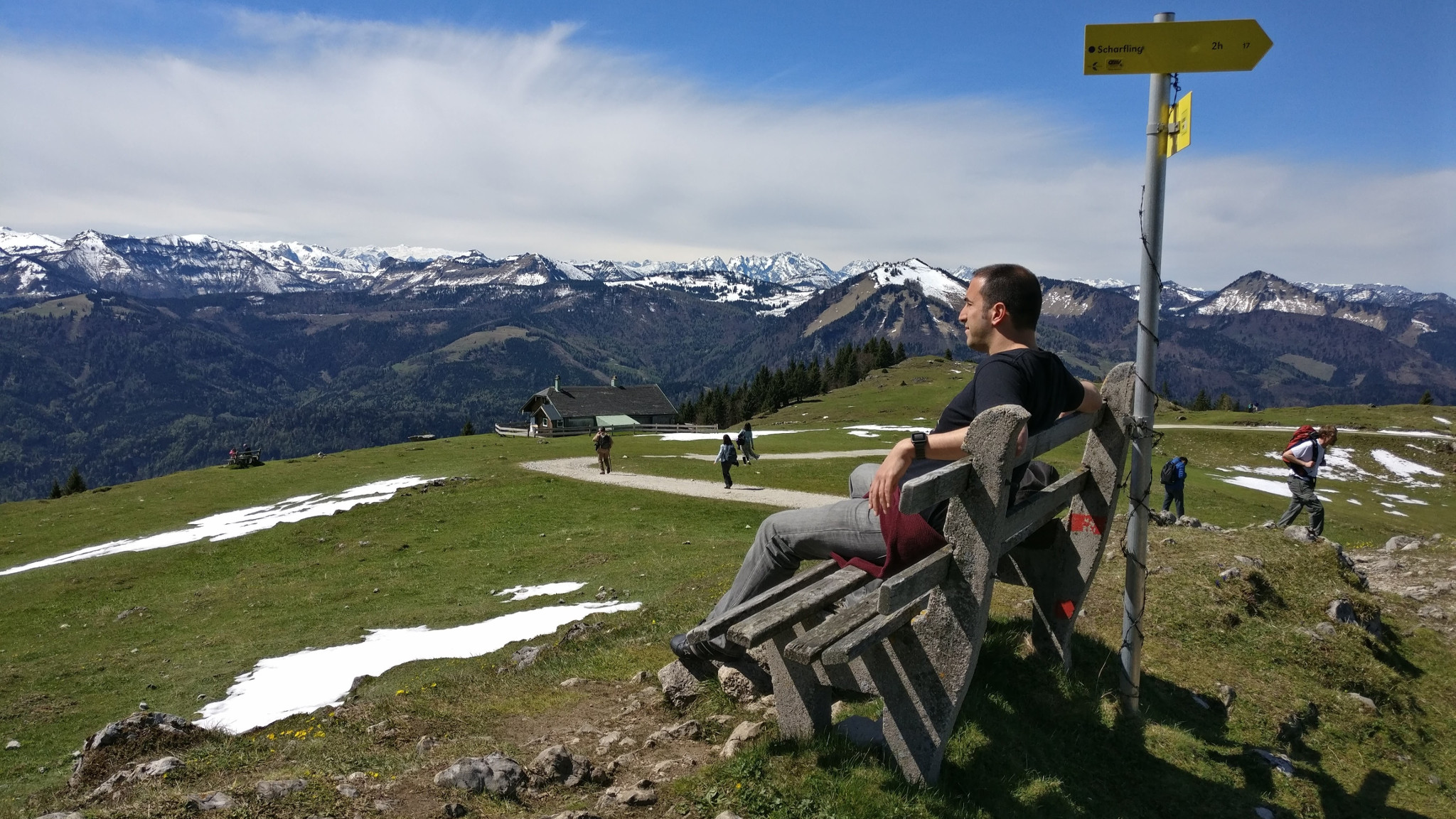 Staring into the endless mountains at Schafbergalpe