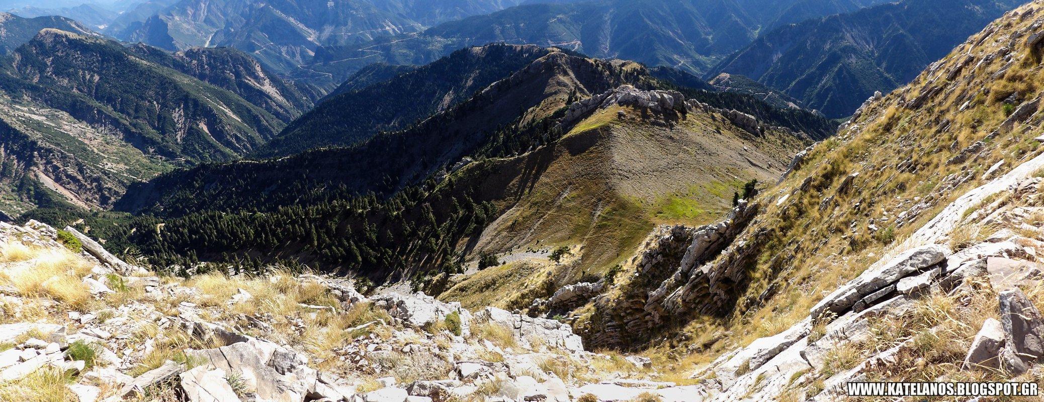 αγρια βουνα νεραιδοβουνι πανω απο το σταυροχωρι