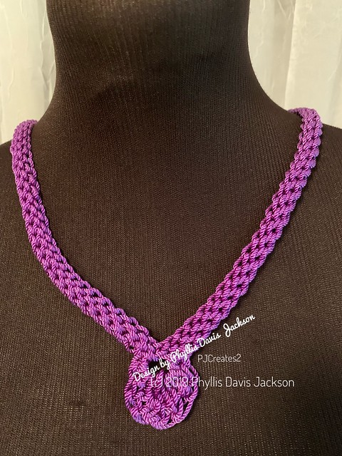 Crochet Loop Necklace: Purple Petal/the finish.