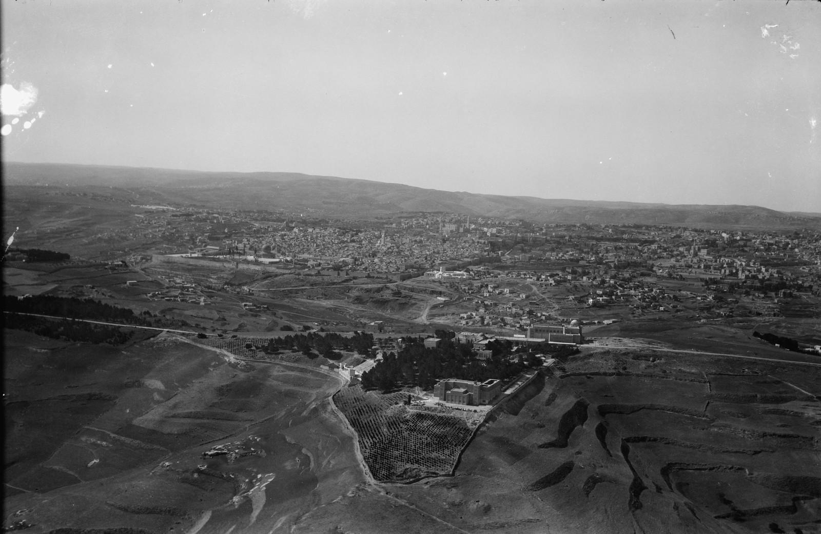 21. Иерусалим с воздуха. (Новый город). Еврейский университет. Общий вид