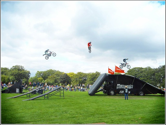 FMX Display Team