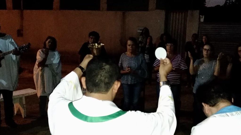 Missa Campal na Rua Queluzito