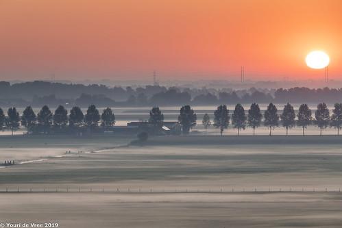 sunrise fog colors