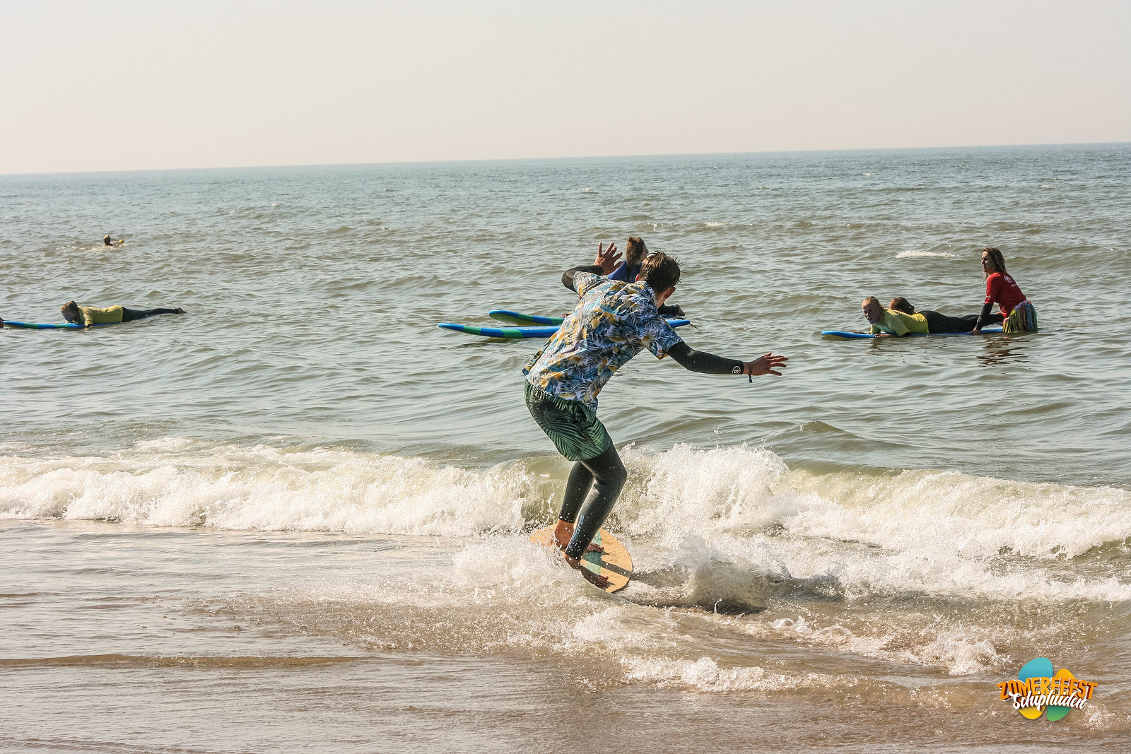 zon-zee-surf-81