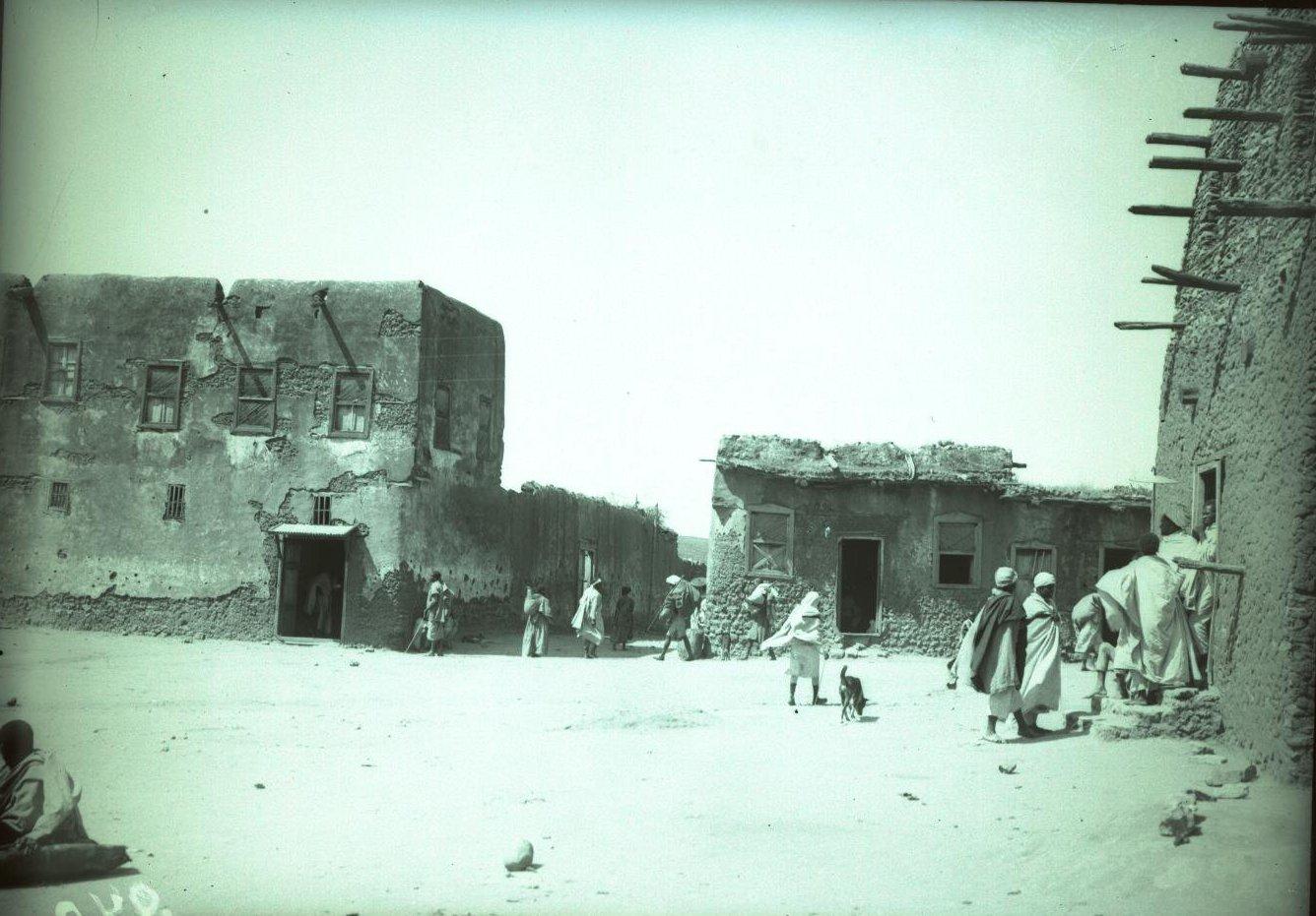 240. Абиссиния, провинция Харар, г. Харар. На главной площади