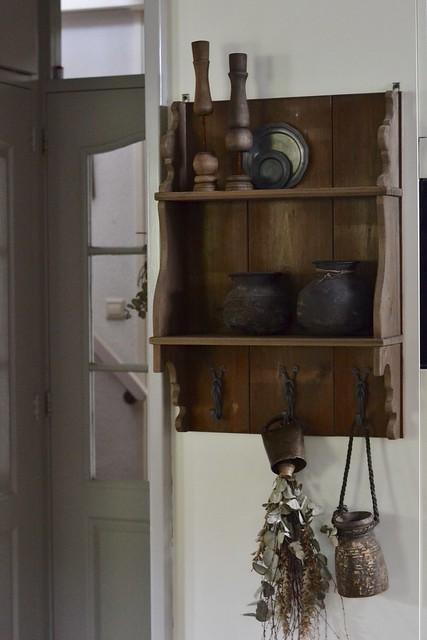 houten kapstok sober wonen