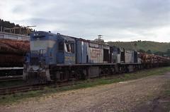 zc19-zc22-derailment-damaged-south-burnie-3