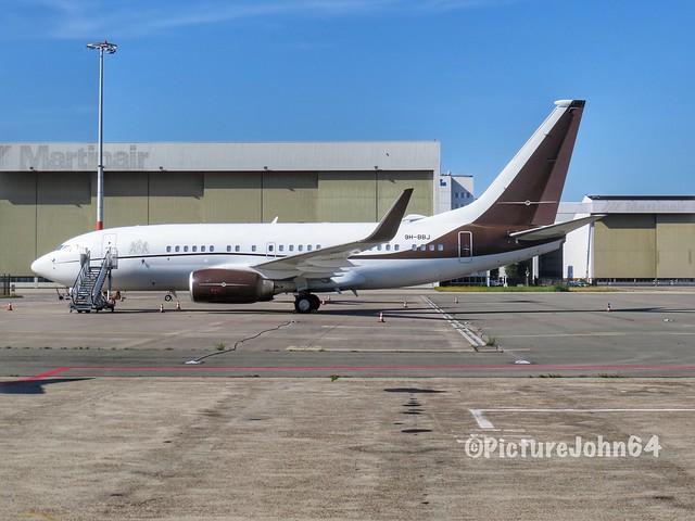 Privajet Boeing 737BBJ (9H-BBJ) at Schiphol East