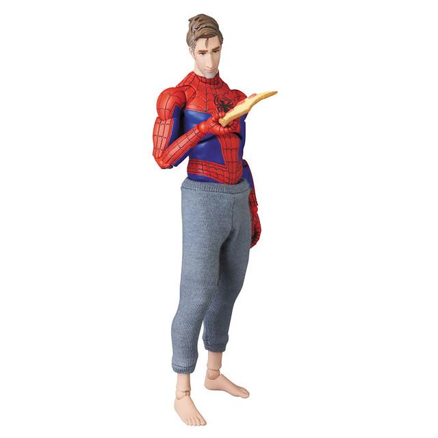 「先教你第一課,小鬼,不要看嘴巴,注意看手」MAFEX《蜘蛛人:新宇宙》蜘蛛人(彼得·B·帕克) SPIDER-MAN(Peter B. Parker)