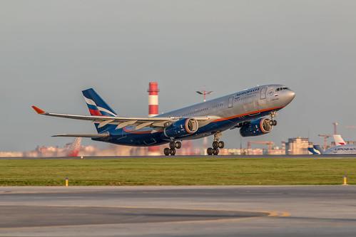 Airbus A330-200 VP-BLX