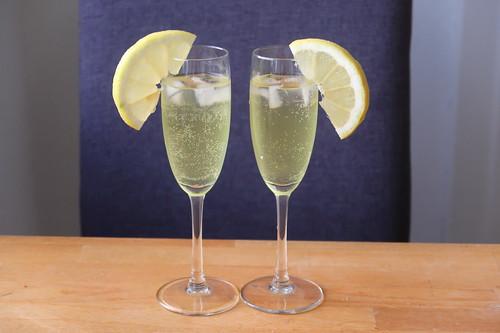 2 Gläser Limoncello Sprizz