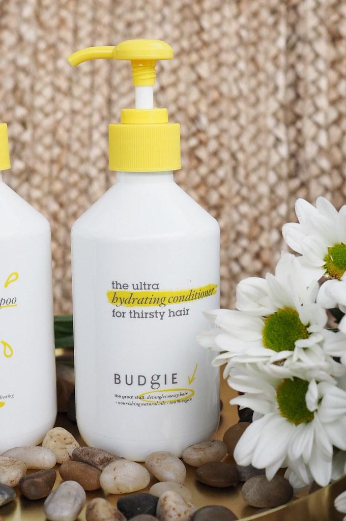 Budgie hiustenhoitotuotteet