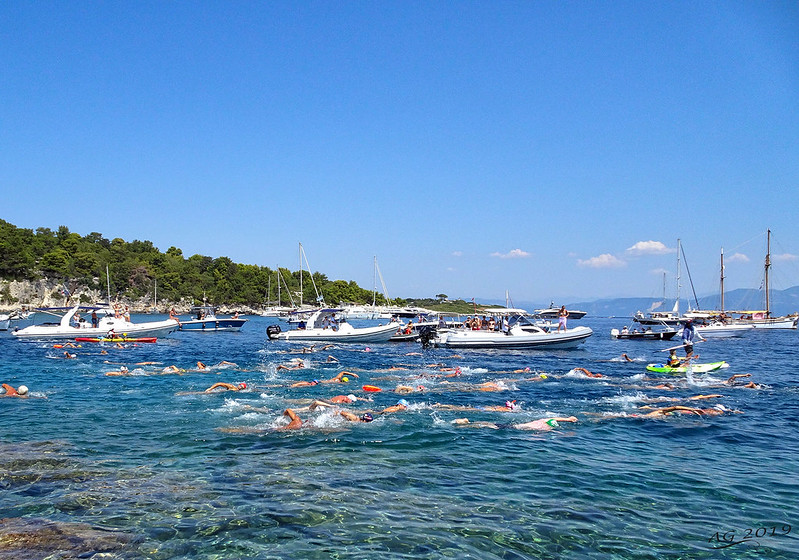 Start of 6th swim marathon Paxos - Antipaxos