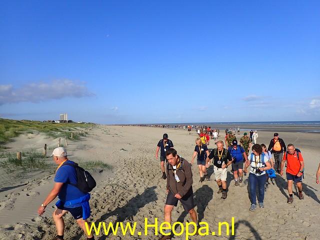 2019-08-20         De IJzer 1e dag Oostduinkerke (26)