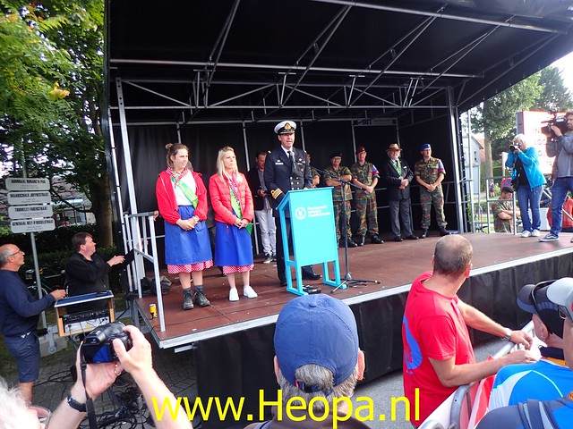 2019-08-20         De IJzer 1e dag Oostduinkerke (10)