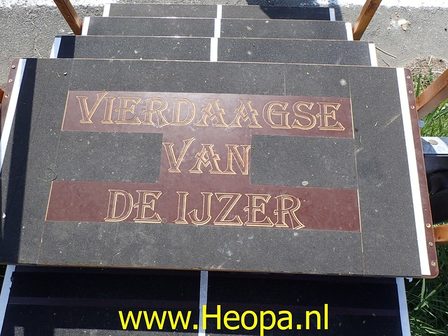 2019-08-20         De IJzer 1e dag Oostduinkerke (71)