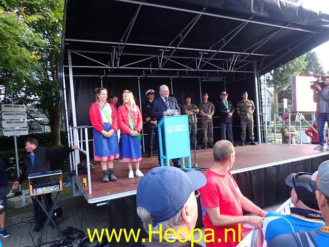 2019-08-20         De IJzer 1e dag Oostduinkerke (9)