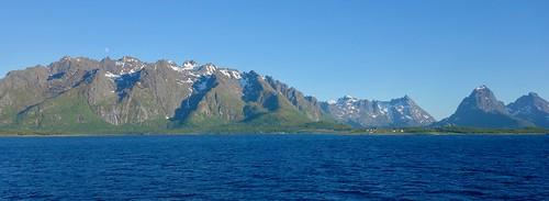 Holdøya, Austvågøya