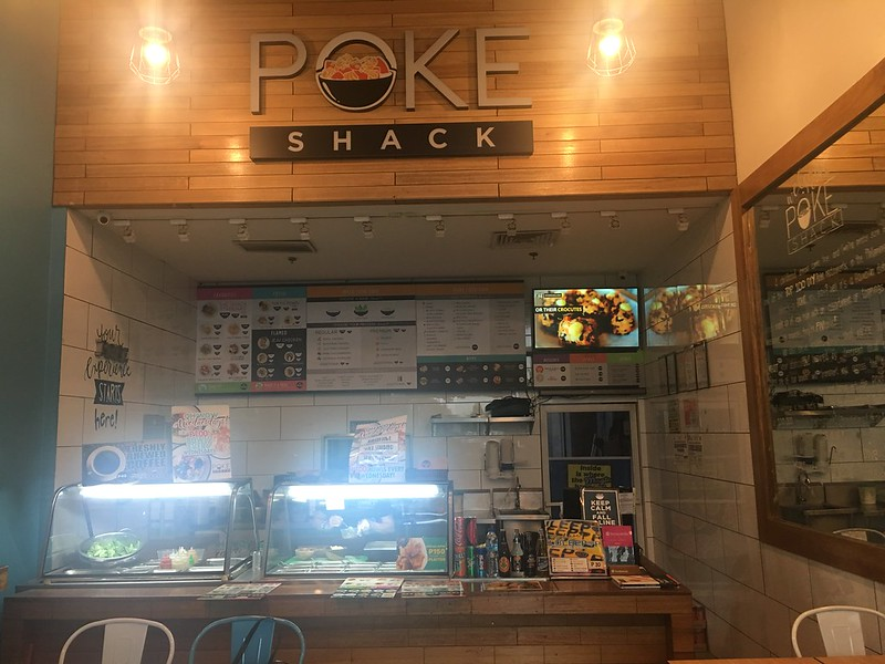 Poke Shack, Libis