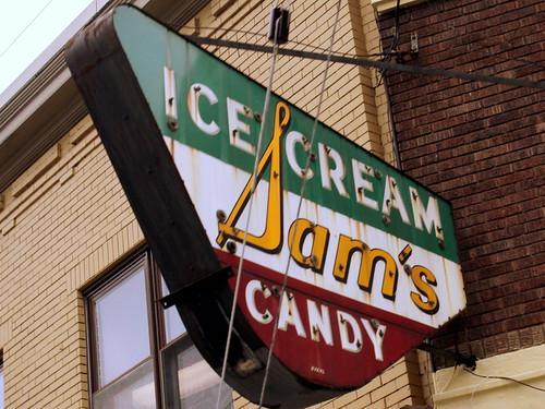 Sam's Ice Cream & Candy - Covington, KY