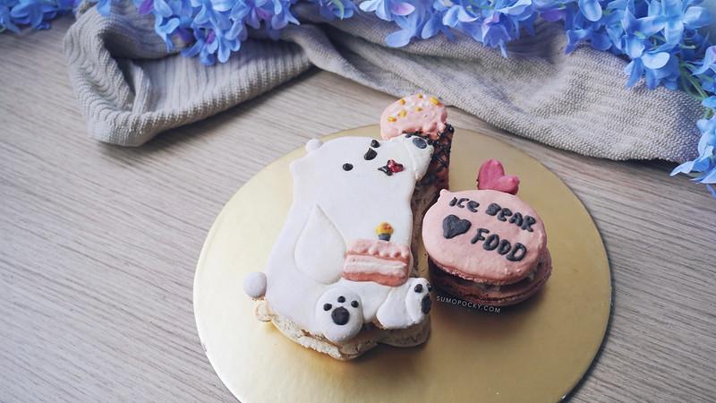 Ice Bear Macaron Cake Recipe