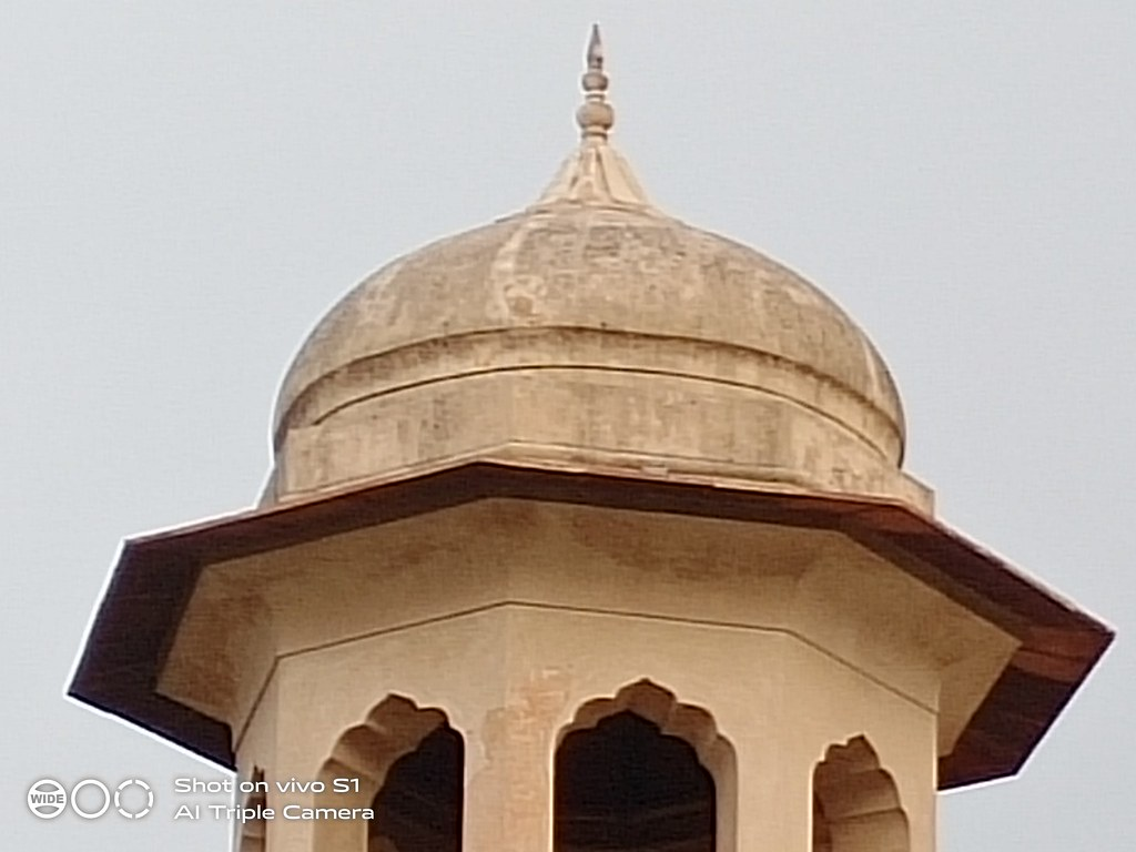 Lahore Fort Picture with 10x Zoom on Vivo S1