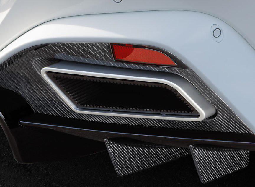 944a9dc1-2018-aston-martin-vantage-startech-tuning-10