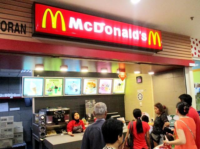 McD's ice cream stall