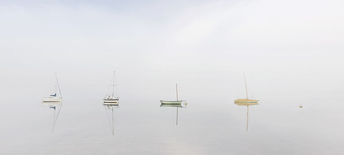 waterhead ambleside windermere lakedistrict cumbria mist morning dawn sunrise boats buoys water atmospheric ethereal serene peacheful calm calming tranquil