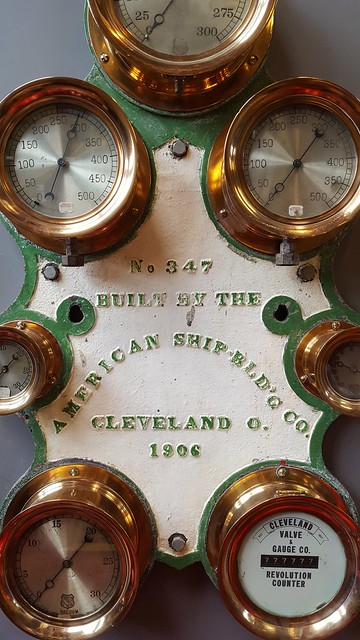 Dials, Valves & Gauges