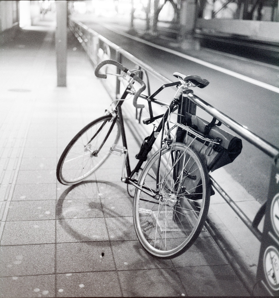 [写真] Zenzanon 75/2.8 夜を往け