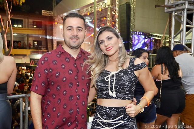 Léo Santana e Calcinha Preta