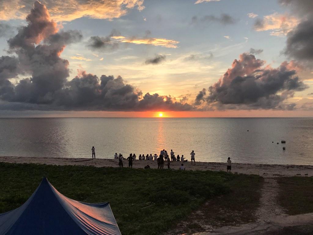 東沙島上靜待日出
