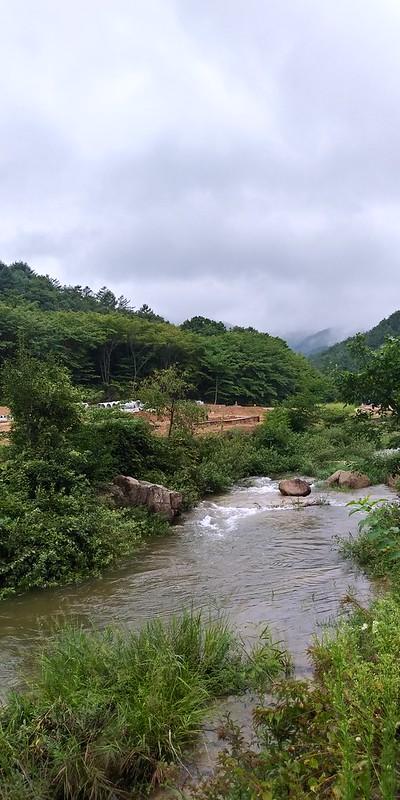 물만난 계곡. 시어동, 오송폭포 산책길