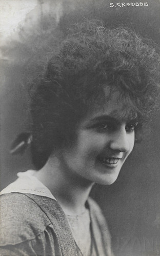 Suzanne Grandais