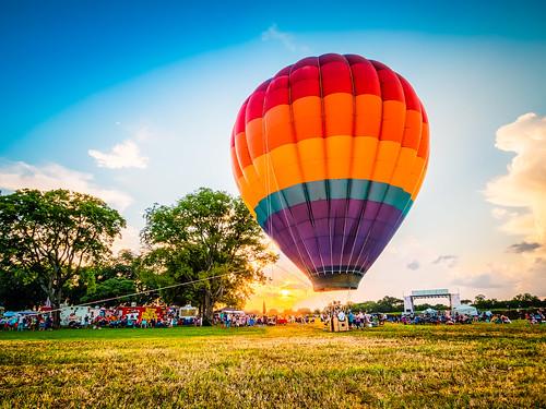 hotairballoon murfreesboro tennessee festival sunset em1markii 918mmf456 mirrorless olympus
