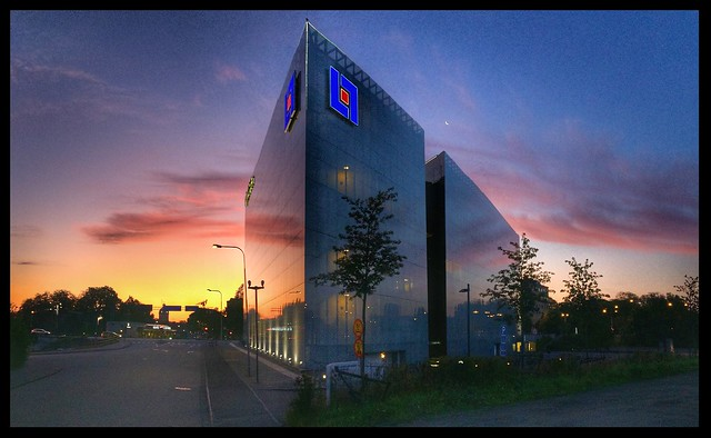 gina tricot building Borås 2019 August 27 05:35 sunrise Sweden