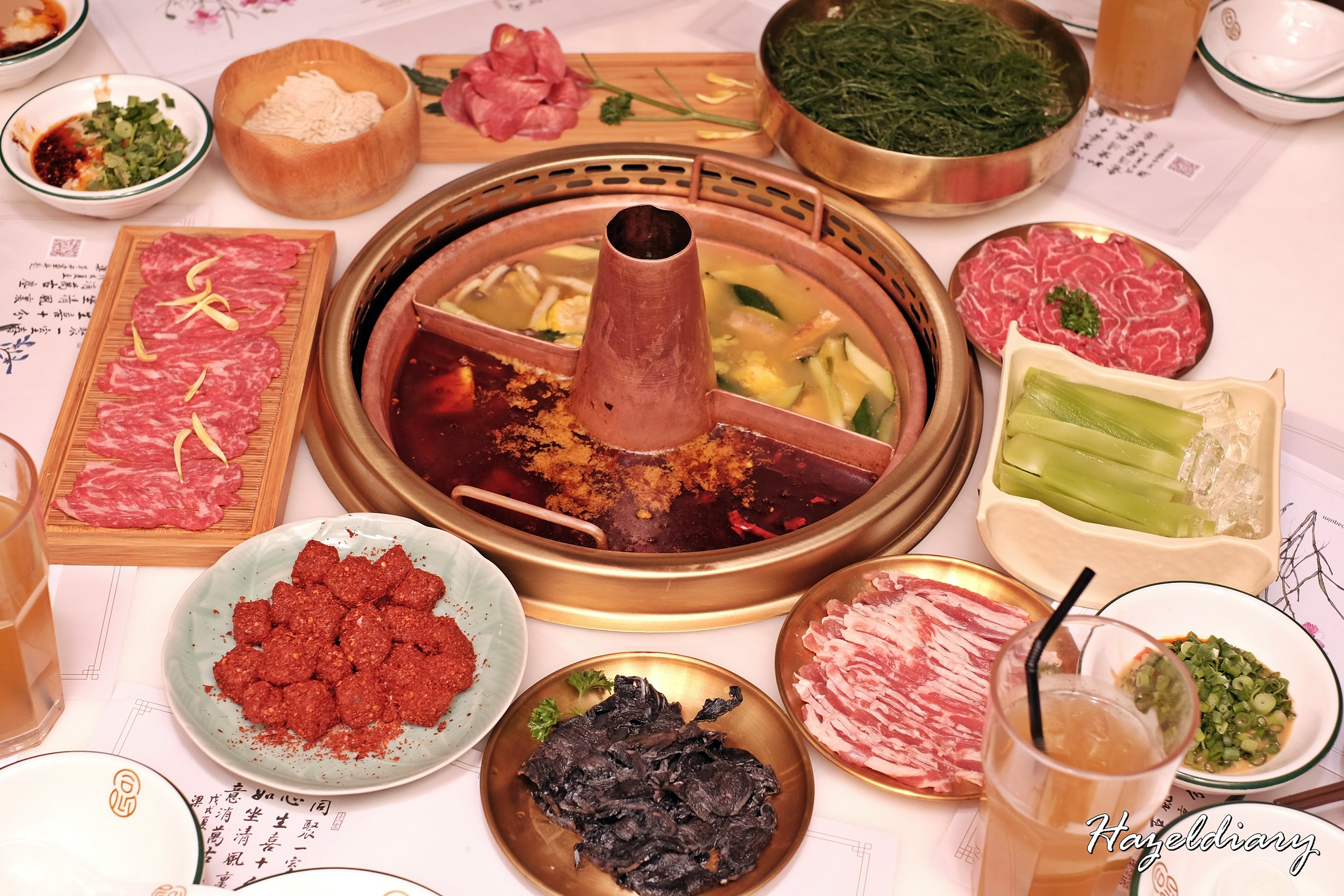 [SG EATS] Tong Xin Ru Yi Traditional Hotpot (同心如意传统铜火锅)– Flavourful Slow-cooked Soup Bases Brimming with Ingredients at Lor Telok | Raffles Place