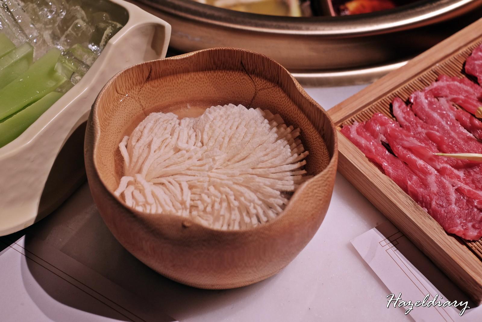 Tong Xin Ru Yi Traditional Hotpot-Vince Tofu