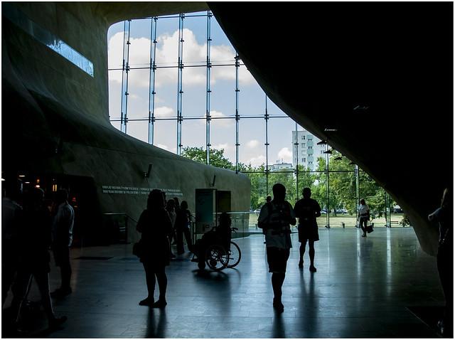 031- INTERIOR DEL MUSEO DE HISTORIA - VARSOVIA -