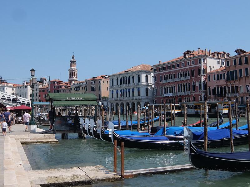 Венеция - Причалы для гондол