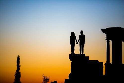 california sunset usa cemetery silhouette america oakland unitedstates unitedstatesofamerica holly bayarea eastbay sfbayarea norcal westcoast mountainviewcemetery hollypeterson jubileegutel fav50 fav10 fav25 fav100