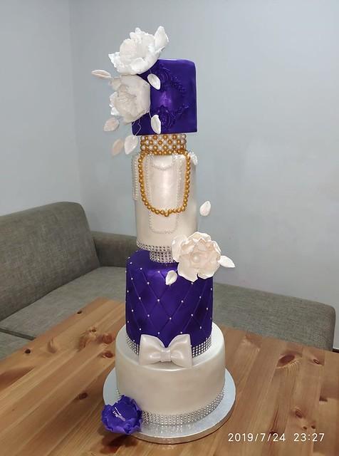 Cake by Jerry Kim