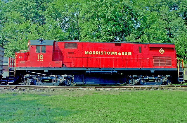 Morristowntown & Erie ALCO, Model C-424 Locomotive